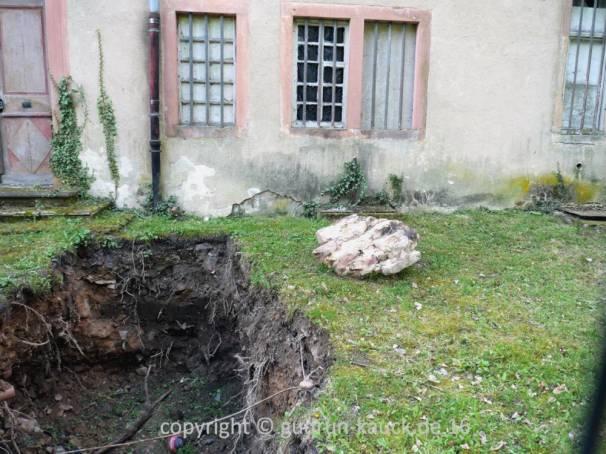 waechtersbach schloss ysenburger mauerfall grabungen